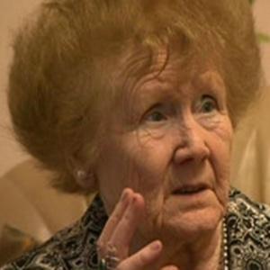 Aos 84 anos, Cath Gamester ouve seis músicas em sua cabeça todos os dias, sem parar