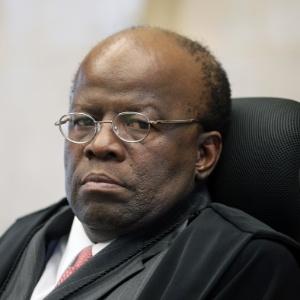 O presidente do STF, ministro Joaquim Barbosa, participa de sessão de encerramento do ano judiciário nesta quarta