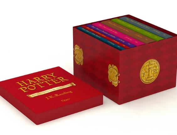 """Box especial com os livros da saga """"Harry Potter"""", de J. K. Rowling, em capa dura e ilustrações inédita. R$ 449,50, da Editora Rocco (www.rocco.com.br). Preços consultados em dezembro de 2012 e sujeitos a alterações"""