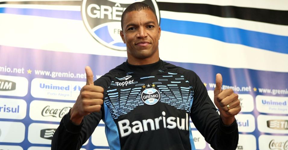 Dida é apresentado como novo goleiro Grêmio, nesta quarta-feira