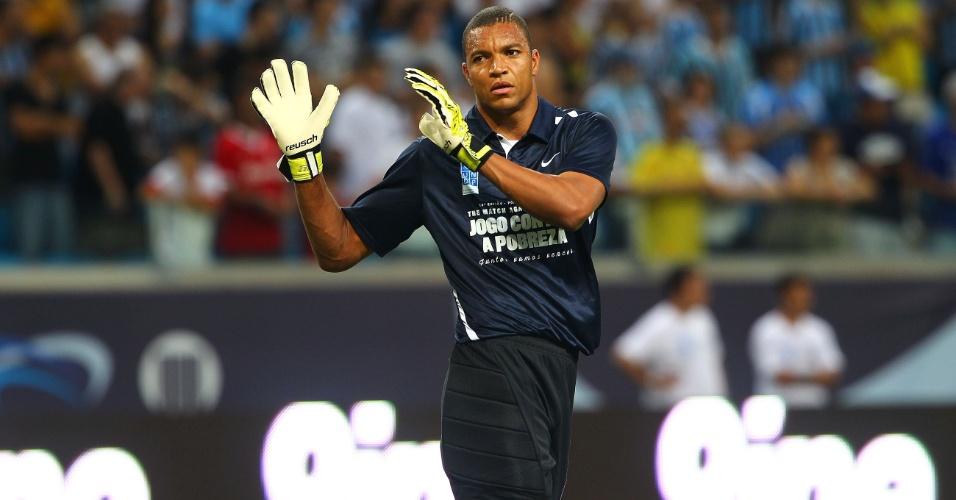 Goleiro Dida no Jogo Contra a Pobreza, em Porto Alegre, na Arena Grêmio (19/12/2012)