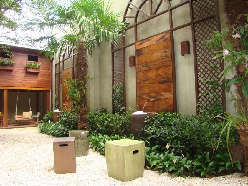 enfeites para jardim japones:Fontes e cascatas de diversos tamanhos e estilos para decorar jardins
