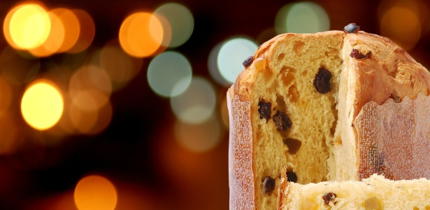 Na Itália, além do panetone, o pandoro também disputa a preferência no paladar italiano durante o Natal. Essa variação, criada em Verona, é similar ao panetone, mas não leva frutas