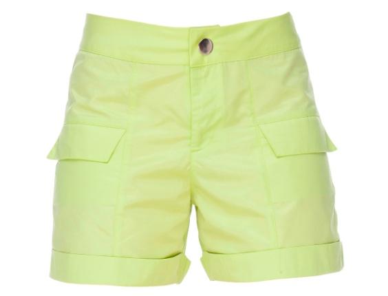 Shorts na cor pistache. R$ 135, da Mulher Elástica (www.mulherelástica.com.br). Preços consultados em dezembro de 2012 e sujeitos a alterações