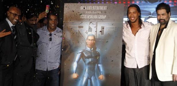"""Ronaldinho, que lançou filme de animação """"R-10 - The Movie"""", trabalha para voltar á seleção brasileira"""