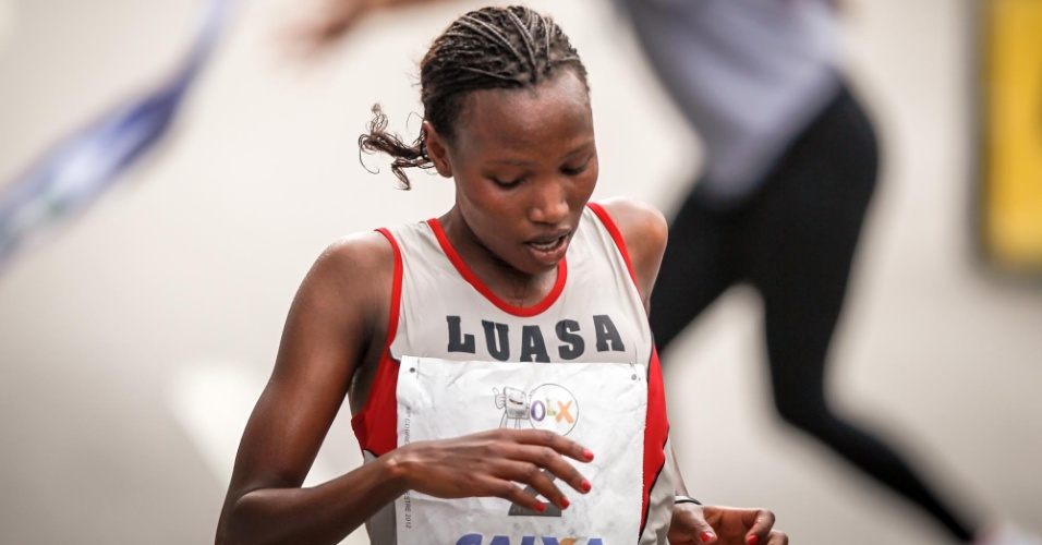 Jaqueline Sakilu, da Tanzânia, foi a segunda colocada da São Silvestre