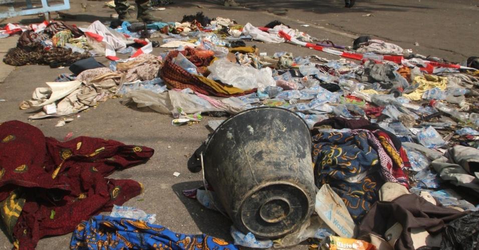 1º.jan.2013 - Pelo menos 60 pessoas morreram esmagadas e outras 200 ficaram feridas após uma grande correria durante a celebração no Ano-Novo em Abidjan, a capital econômica da Costa do Marfim