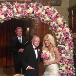 Hugh Hefner e Crystal Harris se casam na véspera do Ano Novo