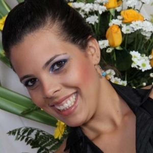 A estudante brasileira Helen Leite, 25, morreu durante um voo de São Paulo a Dallas, nos Estados Unidos, na última quarta-feira (2). As causas da morte ainda são desconhecidas