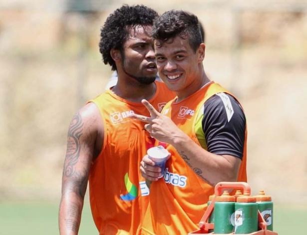 Carlos Alberto e Bernardo durante treinamento do Vasco em Pinheiral (05/01/2013)
