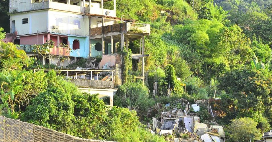 7.jan.2013- Área do Morro do Abel, em Angra dos Reis (RJ), afetada pelas fortes chuvas que atingiram a região nos últimos dias