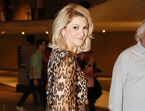 8.jan.2013 - A atriz Antônia Fontenelle posa para fotos antes da sessão especial no Rio de Janeiro de