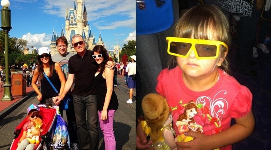 8.jan.2013 - Roberto Justus está curtindo férias acompanhado da família no parque da Disney, EUA. Ticiane Pinheiro, mulher do apresentador, divulgou uma imagem onde aparece ao lado da filha Rafaella e dos enteados, Ricardo e Luiza