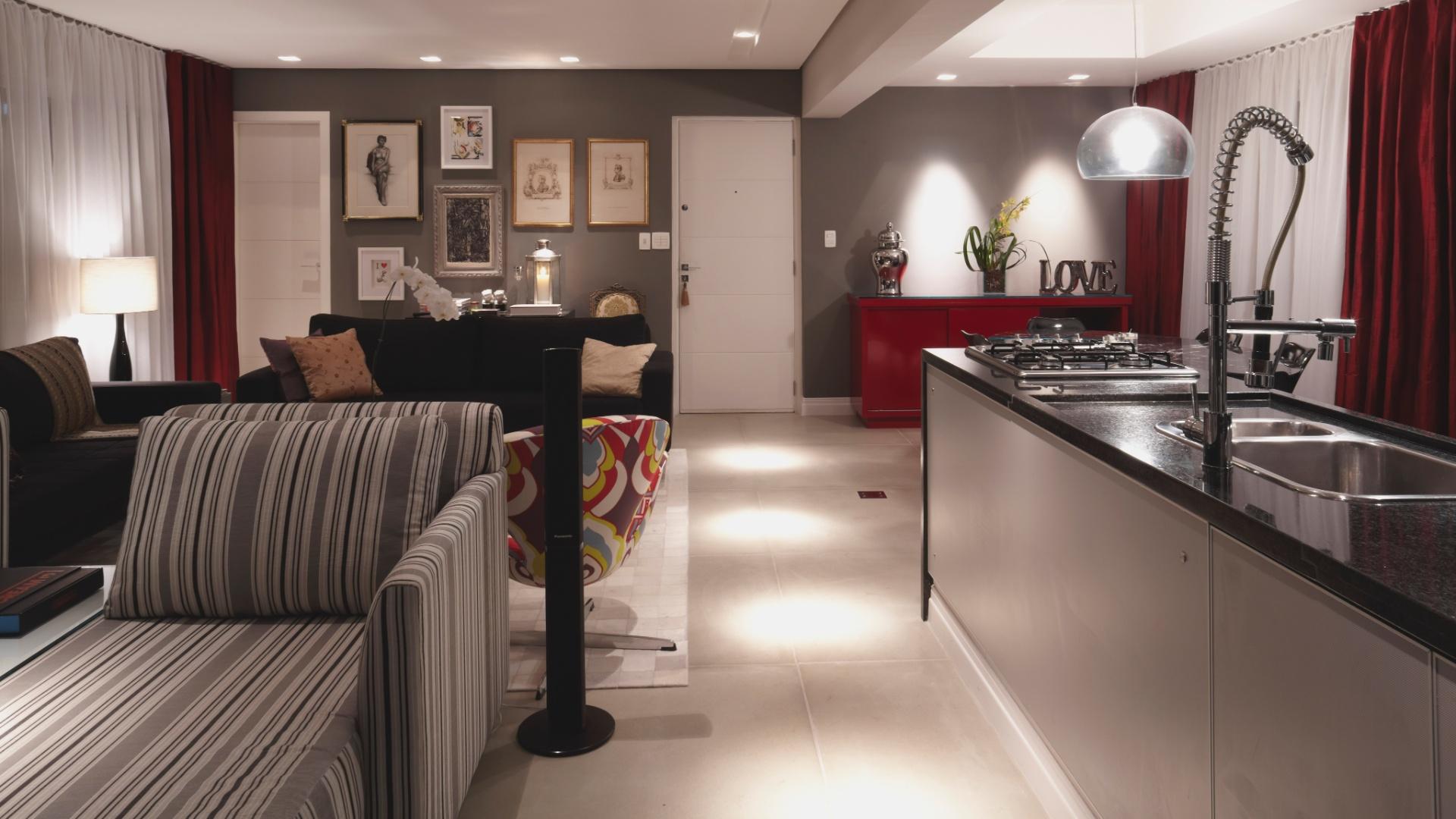 No projeto assinado pelos arquitetos Adine Woda e Artur Ferreira a  #933838 1920 1080