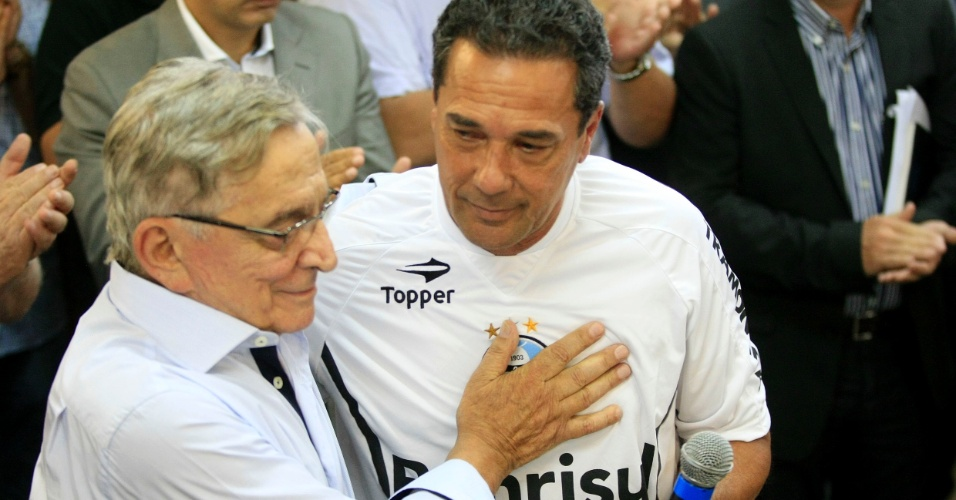 Fábio Koff fica do lado de Vanderlei Luxemburgo e desliga assessor da presidência do Grêmio