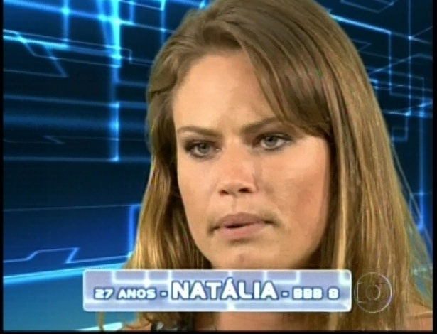 Natalia do BBB8 entra no BBB13