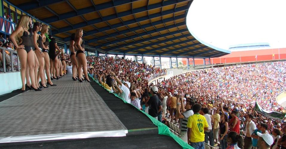 Apresentação das rainhas animou o público presente na histórica final de 2009 em Manaus