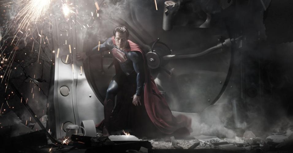 """10.jan.2013 - O ator Henry Cavill no papel de Super-Homem no filme """"Homem de Aço"""", previsto para ser lançado em meados de 2013 em todo o mundo"""