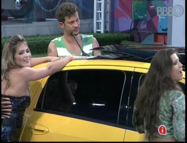 Fani, Aslan e Andressa participam de prova pela imunidade