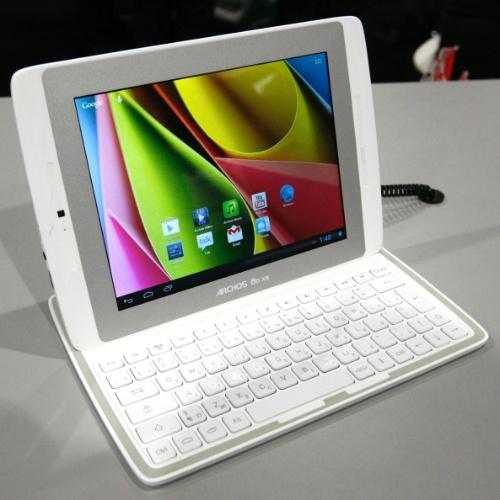 10.jan.2013 - Tablet Archos 80 XS tem tela de 8 polegadas, sistema operacional Android 4.1 (Jelly Bean), processador de dois ou quatro núcleos, memória Flash de 8 GB e 1 GB de RAM. Ainda não está disponível no mercado