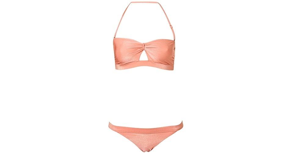 POUCO BUSTO: As mulheres com pouco busto podem aproveitar e usar tops com modelagens diferentes do convencional; R$ 121,68, na Topshop