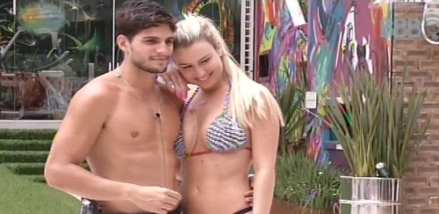 Fernanda e André se abraçam a pedido de Eliéser