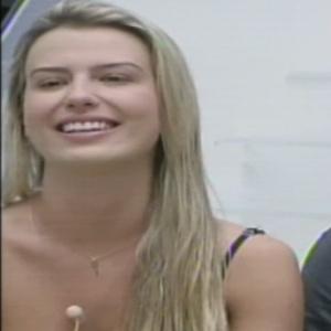 """Fernanda, ao lado de André, conquistou o poder do """"Não"""" e irá tirar quatro pessoas da prova do líder"""
