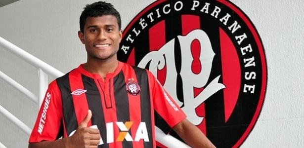 Meia-atacante Maranhão, novo reforço do Atlético-PR