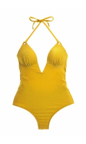 Maiô amarelo frente-única e decote no colo; R$ 249, da Água de Coco (Tel: 11 3152-6100) Preço pesquisado em janeiro de 2013 e sujeito a alterações