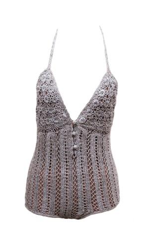 Modelo retrô em crochê; R$ 1.300, da Adriana Degreas (www.adrianadegreas.com.br) Preço pesquisado em janeiro de 2013 e sujeito a alterações