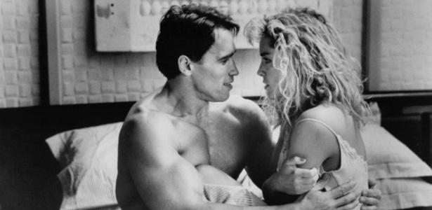 Sem abandonar os filmes de ação, Schwarzenegger protagonizou em 1990 outro grande sucesso dos cinemas, o futurista