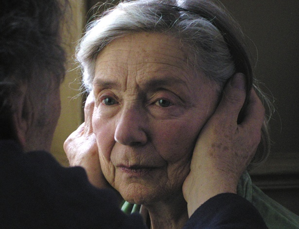 Emmanuelle Riva em cena do filme Amor, de Michael Haneke