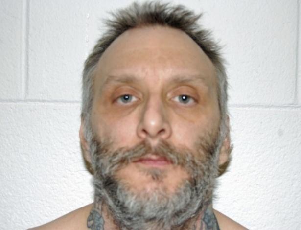 17.jan.2013- O americano Robert Gleason, 42, acusado de matar uma pessoa em 2007 e, depois, tirar a vida de dois colegas de prisão, foi executado, no Estado da Virgínia (EUA), em uma cadeira elétrica. Gleason foi o primeiro prisoneiro de Virgínia a ser executado por esse tipo de procedimento no lugar de injeção letal, desde março de 2010