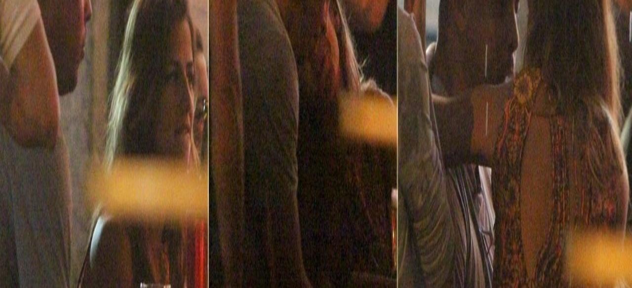 17.jan.2013 - Ronaldo Fenômeno troca carícias com a DJ Paula Morais em bar da Barra da Tijuca, Rio de Janeiro. O jogador anunciou sua separação de Bia Antony no final de dezembro do ano passado