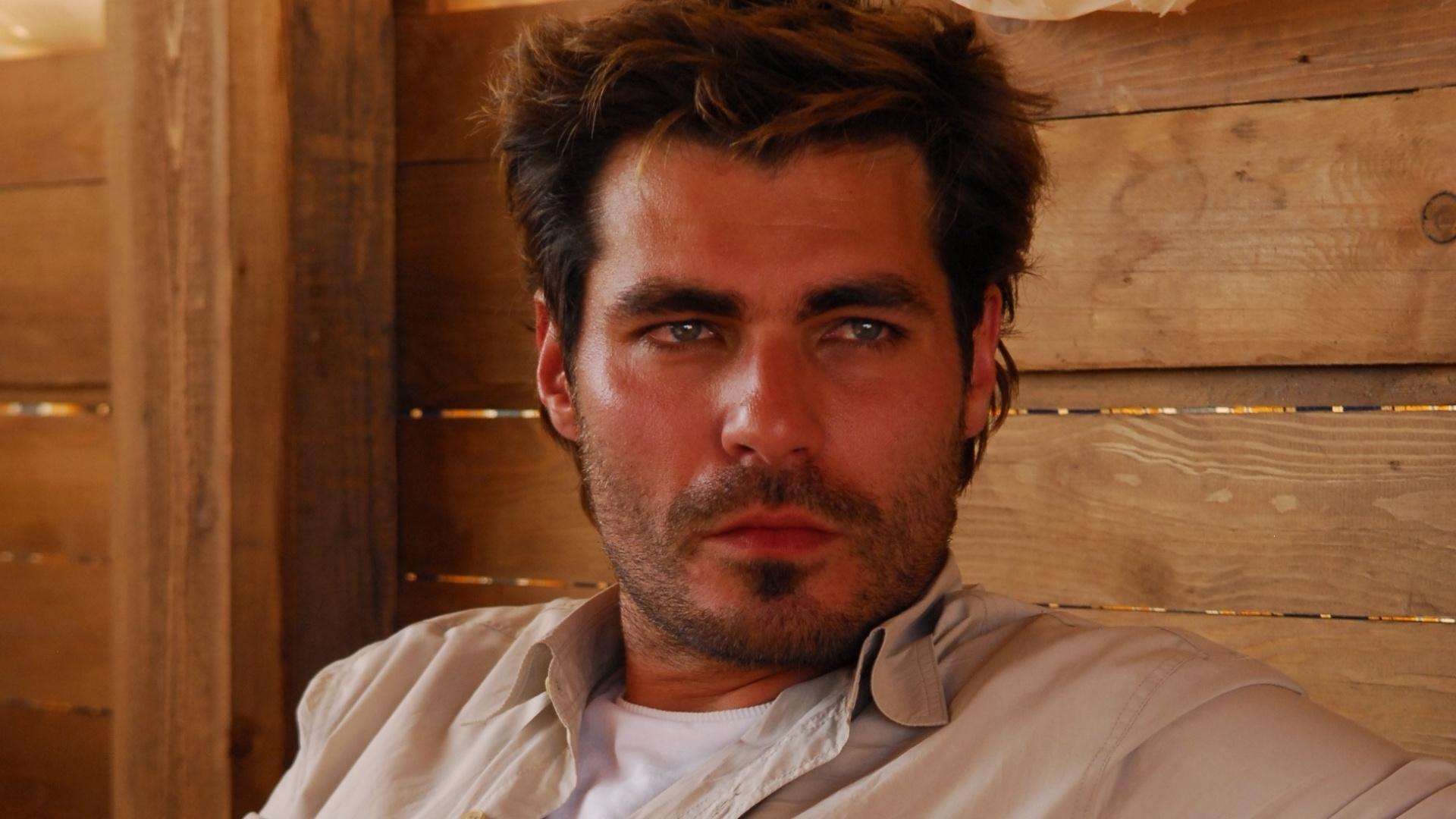 (2009) Já com 30 anos, Thiago Lacerda continuou colecionando papéis de galãs em novelas. Em
