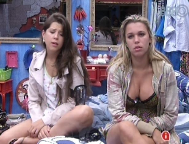 "19.jan.2013 - Andressa e Marien conversam sobre as possibilidades do ""monstro"" no ""BBB13"""