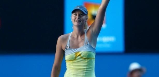 22.jan.2013 - Maria Sharapova comemora a vitória e a vaga nas semifinais após bater a compatriota Ekaterina Makarova