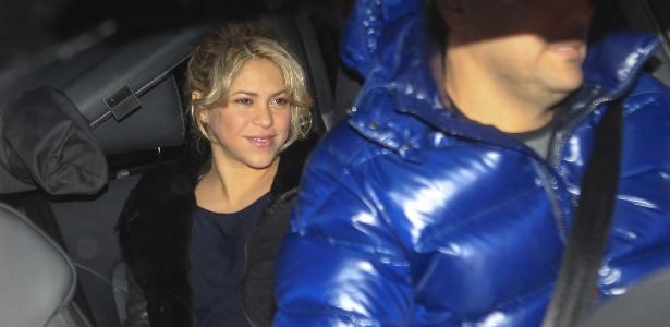 Shakira chega à clínica onde deu à luz Milan, em Barcelona