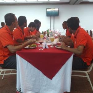 Delegação do Inter vai dormir em um hotel e fazer refeições do outro lado da rua, em segundo hotel