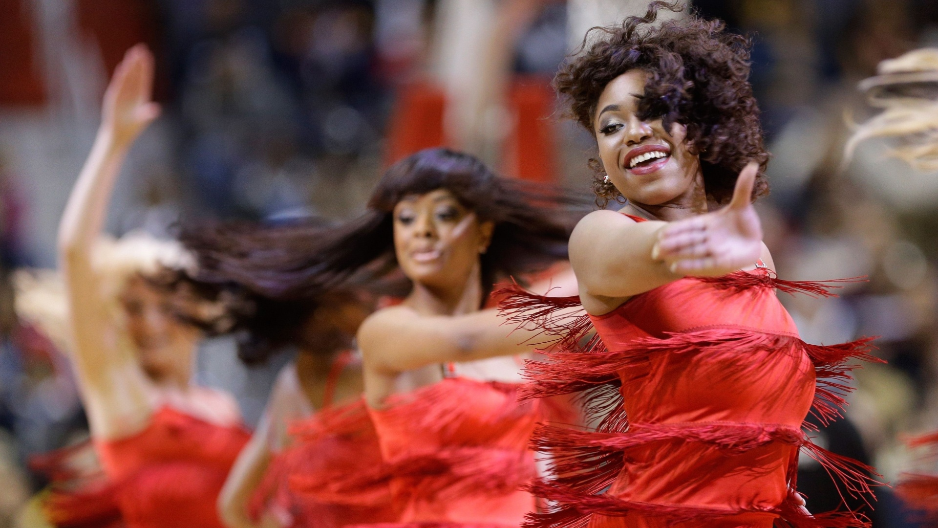 25.jan.2013 - Cheerleaders do Washington Wizards fazem seu número durante intervalo do jogo contra o Minnesota Timberwolves