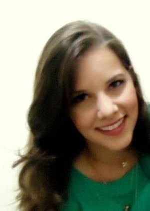 27.jan.2013 - Flavia Decarle Magalhães era estudante da Universidade Federal de Santa Maria e namorada de Luiz Fernando Donati, outra vítima do incêndio que matou mais de 230 pessoas, em sua maioria jovens, na boate Kiss, em Santa Maria (RS)