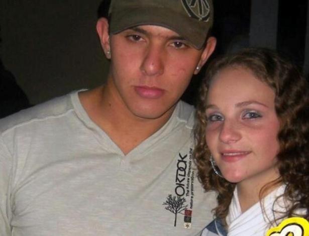 27.jan.2013 - O casal de namorados Thailan de Oliveira e Bruna Eduarda Neu estão entre as vítimas da tragédia que matou mais de 230 pessoas, em sua maioria jovens, na boate Kiss, em Santa Maria (RS)