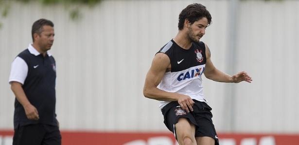 Alexandre Pato fará sua estreia pelo Corinthians contra o Oeste, neste domingo