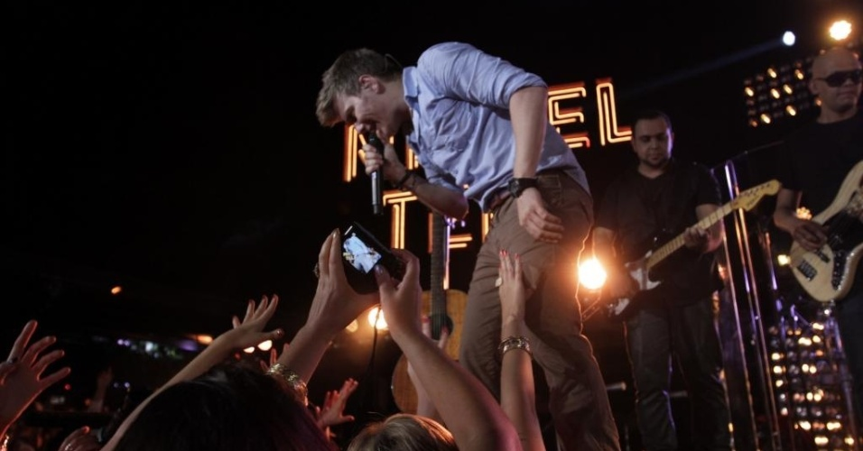 27.jan.2013 - Michel Teló grava primeira parte de seu terceiro DVD no Guarujá (SP)