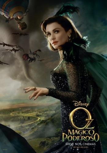 "29.Jan.2013 - Cartaz nacional de ""Oz: Mágico e Poderoso"" mostra Rachel Weisz como Evanora, a bruxa má do leste"