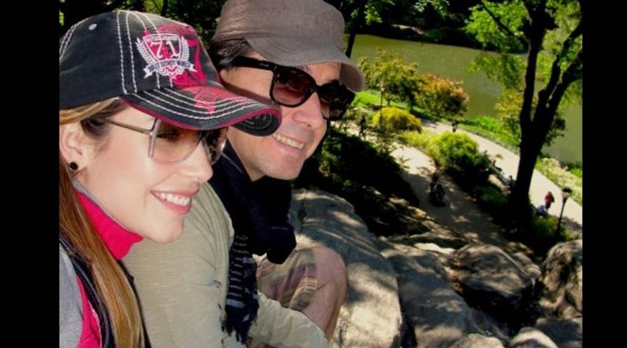 29.jan.2013 - Renata Dominguez e Edson Spinello se casam nesta quinta (31). Eles estão juntos há 10 anos