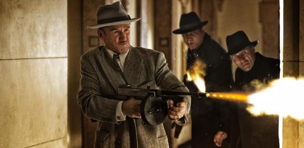 Sean Penn é o mafioso procurado pela polícia de Los Angeles em Caça Aos Gângsteres