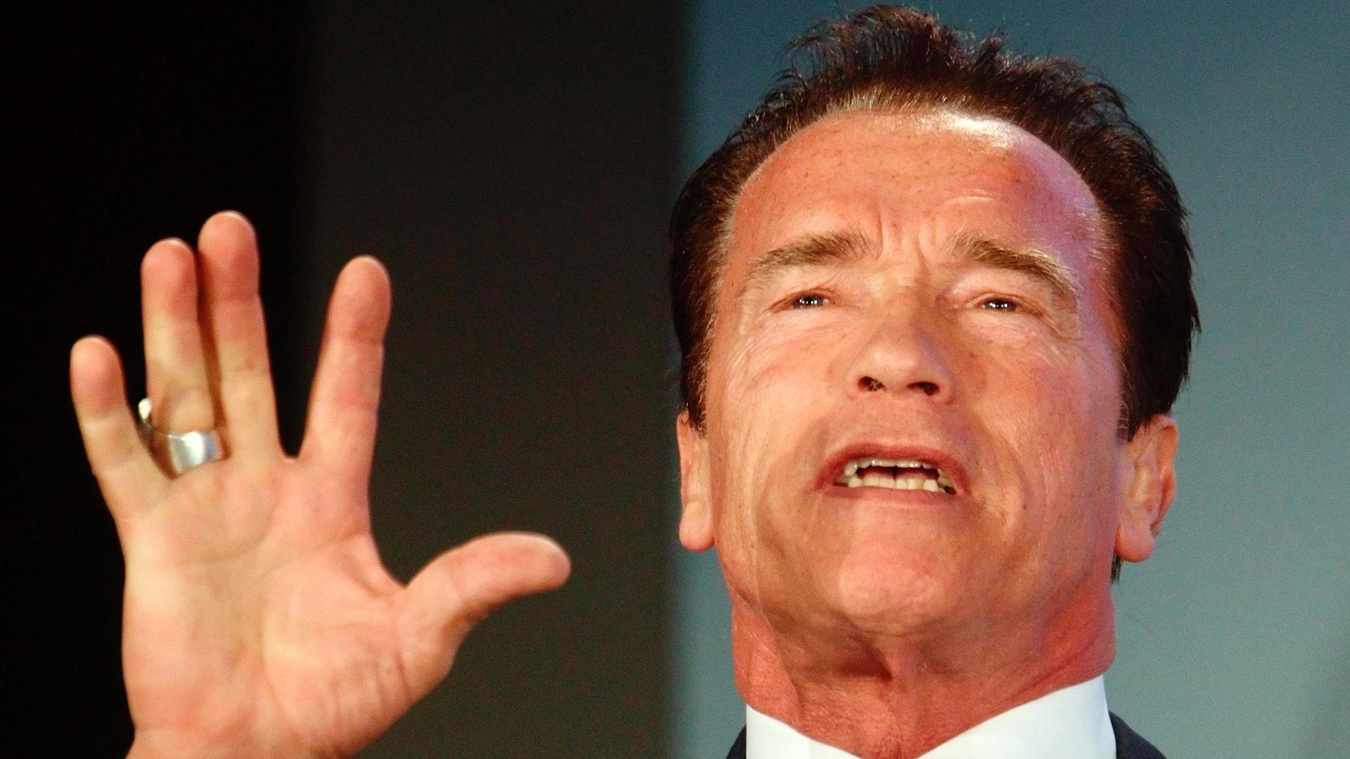 31.jan.2013 - Arnold Schwarzenegger disse que as pessoas devem tratar de ecologia com uma abordagem nova e