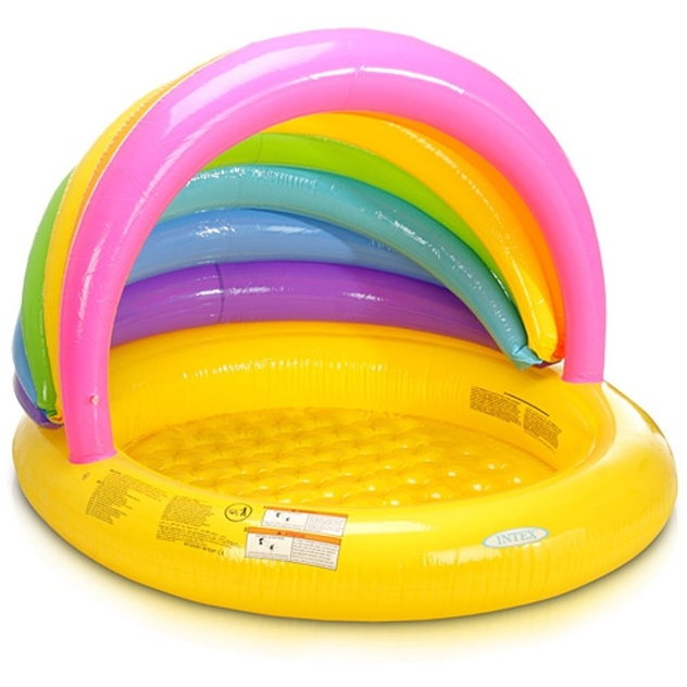 A piscina infantil arco-íris conta com guarda-sol embutido e tem capacidade para 121 litros de água. Produzida pela Intex, está à venda na Americanas.com (www.americanas.com) por R$ 79,90 (+ frete)