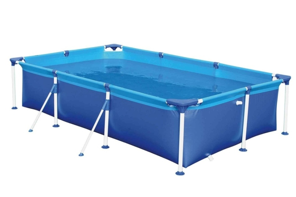 Com capacidade para 2.500 litros, a piscina retangular da Mor é fabricada em PVC com armação em aço e acabamento em pintura epóxi. Tem duas válvulas para deságue e está à venda na Leroy Merlin (www.leroymerlin.com.br) por R$ 377,89 (preço válido para a loja Morumbi - SP)
